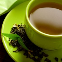 How can teeth benefit from green tea?